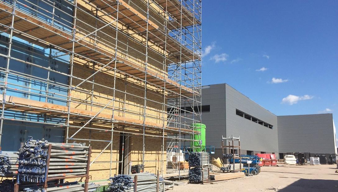 Nieuwbouw kantoor en productielocatie Applied Medical in uitvoering