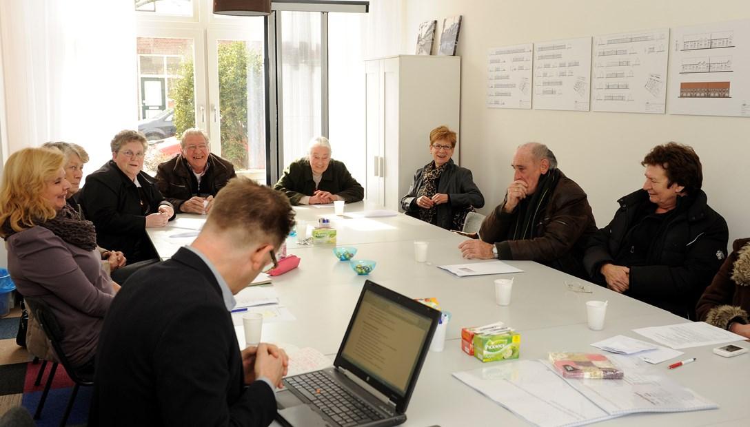Informatiebijeenkomst met bewoners Bewoners betrekken bij planvorming groot onderhoud en renovatie Heembouw