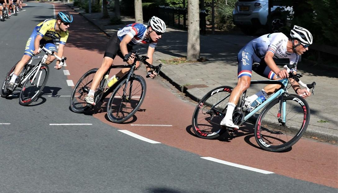 Bob Jonkheer uitvoerder renovatie Heembouw wielrennen