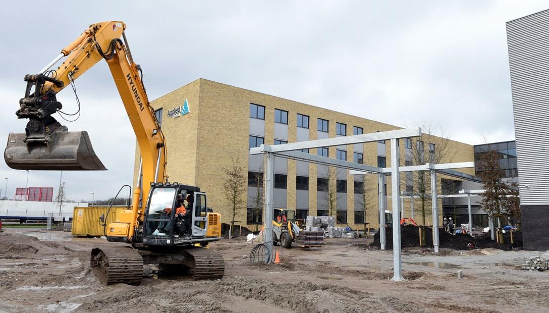 Bouwproces Heembouw Applied Medical kantoren geoliede machine